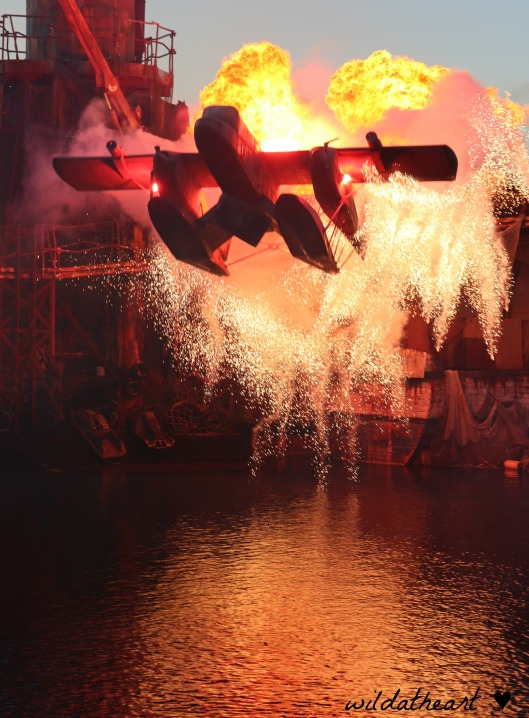 WaterWorld stunt show Universal Studios blameitonmywildheart wildatheart airplane